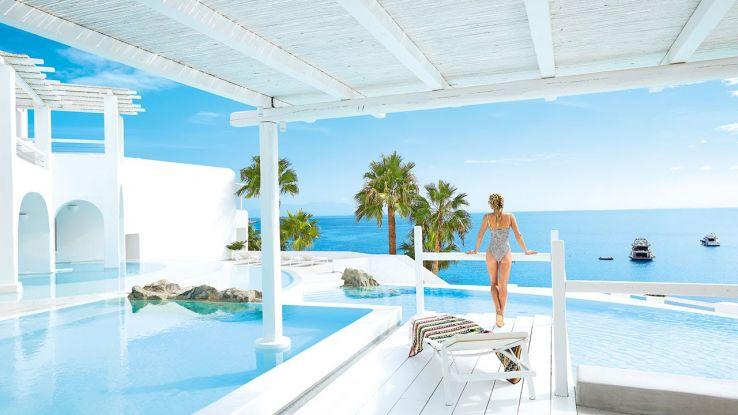 Most Lucrative and Cheap Hotel in Greece